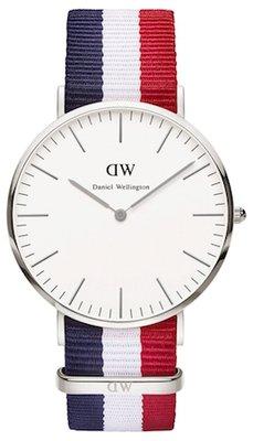 Daniel Wellington Classic Cambridge Silver 40 mm horloge